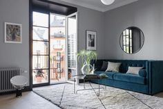 An itsy bitsy Stockholm pad with bags of style!