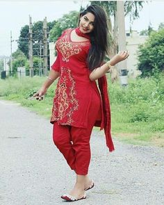 Patiala Dress, Punjabi Dress, Sexy Dresses, Beautiful Dresses, Indian Girls Images, Salwar Suits Party Wear, Indian Wife, Beautiful Indian Actress, India Beauty