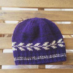 """Weekend FO, Laurus in Beiroa! #knitting #fringehatalong #beiroa #retrosaria"""