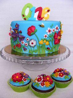 Cake Decorating Classes Zimbabwe : Maya the Bee Birthday Cake. All about Sugar Art ...