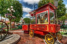 Main Street Disneyland Popcorn Cart