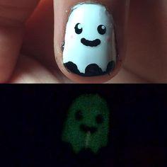 Easy DIY Halloween Nails | POPSUGAR Beauty UK