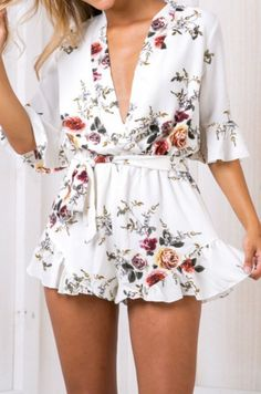 Do you wear rompers? From casual to dressy there is a romper for everyone.OASAP.comwill give you a hot hit !