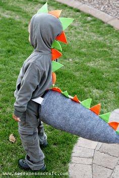 how to make a dinosaur tail
