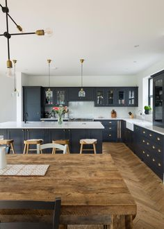 www.theshakerkitchen.co #Shabbychicdecor Kitchen Design, Kitchen Reno, Kitchen Living, Open Plan Kitchen, Shaker Kitchen, Kitchen Interior, One Wall Kitchen, Home Decor Kitchen, Kitchen Wall Tiles