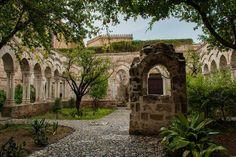 Chiostro della chiesa di San Giovanni degli Eremiti Palermo.