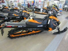 2014 Ski-Doo Summit SP 163 E-TEC 800R Snowmobile