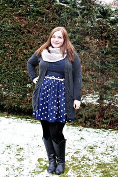 http://kathastrophal.de // Plus Size Fashion   Casual winter outfit ft. a Primark cardigan, New Look skirt,  HM top, Sheego boots and a CA scarf