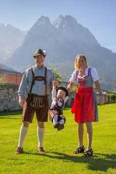 A couple visiting from Bahrain all decked out in Bavarian outfits getting ready to head up to the Oktoberfest. Don't they look nice? We have a large variety of tax free Bavarian outfits available for sale in our main lobby during Oktoberfest. O'zapft is! #oktoberfest #family #bavaria