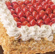 Heerlijke verse aardbeien en een vulling naar keuze Krispie Treats, Rice Krispies, Desserts, Food, Tailgate Desserts, Postres, Deserts, Essen, Dessert