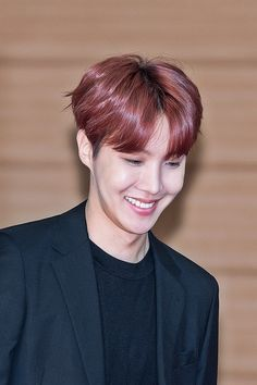 you are my sunshine. Gwangju, Jimin, Bts Bangtan Boy, Jung Hoseok, Lee Min Ho, Foto Bts, J Hope Birthday, Rapper, Seokjin