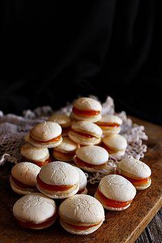 Non plus ultra Hungarian Desserts, Hungarian Cake, Hungarian Recipes, Non Plus Ultra, Christmas Dishes, Diy Food, Nutella, Bakery, Deserts