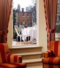 The Goring, London England The Most Splendid Rooms Patio Hotel of the Rich & Famous Fine Hotels, Great Hotel, London England, Terrace, Places To Go, Rooms, Patio, Interior Design, Luxury