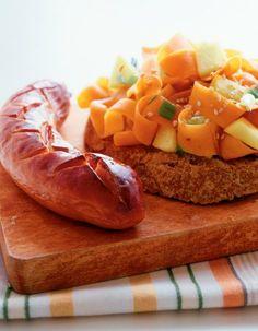 Nopea porkkana-omenawokki ja grillimakkaroita | Makkararuoat | Pirkka