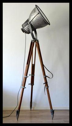 Stoere industriële Philips statief lamp, super gaaf!