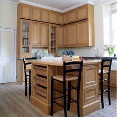 Traditional wooden kitchens - Adorable Home
