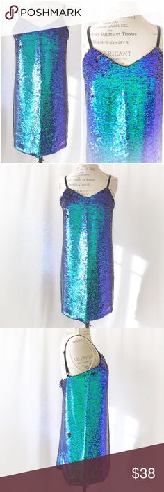 • SALE • Sequins Beautiful Dress Dress this sequins dress up or down...worn once and great conditions. Dresses Mini