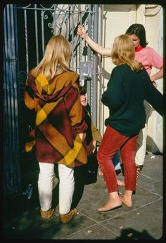 vintage everyday: Haight Street Hippies, San Francisco in 1967