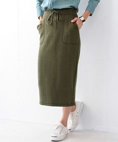 Demi-Luxe BEAMSのDemi-Luxe BEAMS / 裏毛タイトスカート KHAKIです。こちらの商品はBEAMS Online Shopにて通販購入可能です。