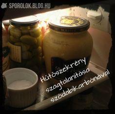 Hogy soha többé ne legyen semminek se hűtőszaga... :) Candle Jars, Candles, Minion, Cleaning, Candle Mason Jars, Candy, Minions, Home Cleaning, Candle
