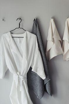 Lauantaiolo - Lisbet e. Bell Sleeves, Bell Sleeve Top, Home Spa, Bathing Beauties, Beauty, Tops, Women, Fashion, Moda