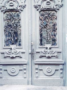 Cluj.com Armoire, Door Handles, Furniture, Home Decor, Clothes Stand, Door Knobs, Decoration Home, Closet, Room Decor