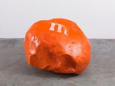 Dan Colen, M's Sculpture (2012).