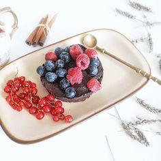 🇬🇧🇷🇺 ➡️ Hey kochanie ! 😍 Prezentuje mega szybki low-carb muffin. Przygotowanie 1 min 😲GLUTEN, LACTOSE, SUGAR FREE Musisz spróbować go.… Vegan Cake, Acai Bowl, Muffin, Gluten, Breakfast, Free, Acai Berry Bowl, Breakfast Cafe, Muffins