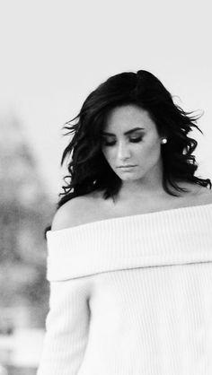 The person defines true beauty. Demi