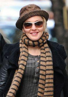 Madonnas blonde, wavy hairstyle