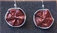 Orecchini con cialde Nespresso rosso scuro con onde- by Lalussi