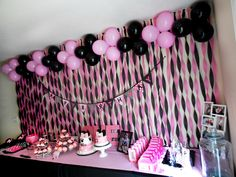 Cake table Minnie Mouse decorations first birthday Minnie Mouse Birthday Theme, Paris Themed Birthday Party, Minnie Mouse Baby Shower, Mickey Party, First Birthday Parties, First Birthdays, 2nd Birthday, Birthday Ideas, Minnie Mouse Birthday Decorations