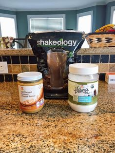 21 Day Fix: 3 Ingredient Chocolate Peanut Butter Cups – made with Shakeology! A Clean Eating Dessert (21 Day Fix Smoothie Recipes)