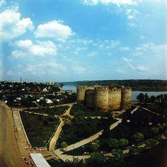 ソロカの円形要塞 Fortress Soroca (80th years) ◆モルドバ - Wikipedia http://ja.wikipedia.org/wiki/%E3%83%A2%E3%83%AB%E3%83%89%E3%83%90 #Moldova