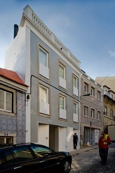 House at Janelas Verdes / Pedro Domingos Arquitectos,