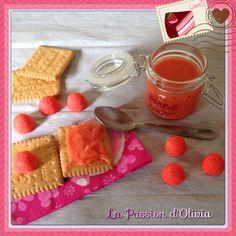 Ingrédients pour environ 150g:   20 fraises Tadaga soit 80g  50g de chocolat blanc  10cl de crème liquide   Préparation:        ...