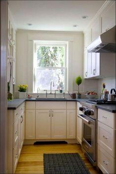 Cam cepheler: pratik mutfaklar