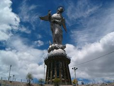 Enjoy this tour including 3 nights in Quito and 4 nights in the Galapagos.Day Arrival QuitoTransfer airport / Hotel accommodation in Quito Day Quito (B)We will make our first stop at the Mercado San Francisco, one of the oldest in the cit Belfast, South America Continent, Quito Ecuador, South American Countries, Airport Hotel, And So The Adventure Begins, Quites, Day Tours, Capital City