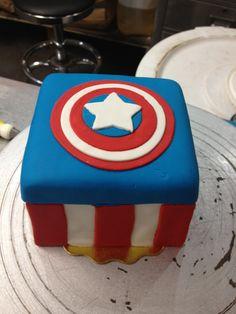 captain america cake | Tumblr