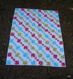 Cute blanket  - I bet I could figure this out without a pattern