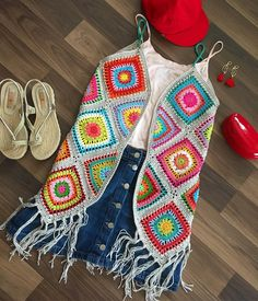We continue to share our latest knitting shares without slowing down. In this article you are waiting for the summer crochet dress patterns. Crochet Vest Pattern, Crochet Coat, Crochet Jacket, Crochet Cardigan, Crochet Shawl, Crochet Yarn, Crochet Clothes, Crochet Patterns, Crochet Summer Dresses