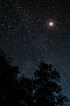 Stargazing with a special someone on a night like this would amazing!! You know who you are ;)