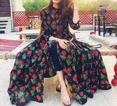Pakistani Fashion Party Wear, Pakistani Wedding Outfits, Pakistani Dresses Casual, Pakistani Dress Design, Indian Fashion, Stylish Dresses For Girls, Stylish Girl Pic, Simple Dresses, Casual Dresses