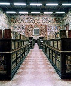 Biblioteca Comunale dell Archiginnasio a Bologna II