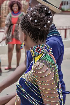 A Vibrant Two day Western and Ndebele Wedding African Attire, African Wear, African Women, African Dress, Traditional Wedding Dresses, Traditional Outfits, Zulu Traditional Attire, South African Traditional Dresses, Zulu Wedding