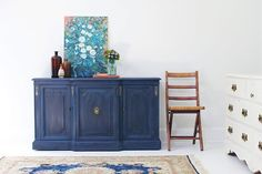 Jo Torrijos From Atlanta Tells Created This Gorgeous Navy Blue Chalk Paint In Napoleonic