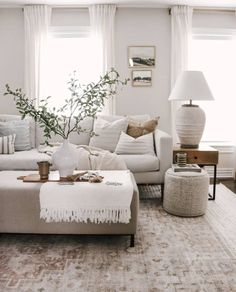 New Living Room, Home And Living, Living Room Decor, Living Room With Bay Window, Living Room Ottoman Ideas, Home And Deco, Living Room Inspiration, Cozy House, Apartment Living