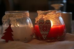 Somehow at Christmas the most amazing addition to all the sparkle and glow around the house, is a nice warm inviting view of candles burning. The other part is the nice scents that are added … Christmas Candles, Christmas Books, Christmas Crafts, Christmas Decorations, Handmade Christmas, Vintage Christmas, Winter Kids, Burning Candle, Christmas Traditions