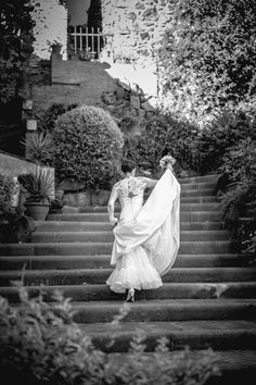 The #bride is on her way with her beautiful #dress