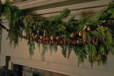 Nora Murphy Country House - Deck the Halls